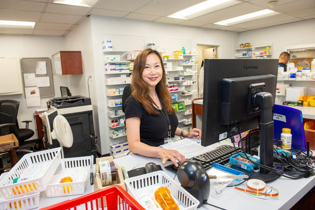 west-oakland-health-center-pharmacy